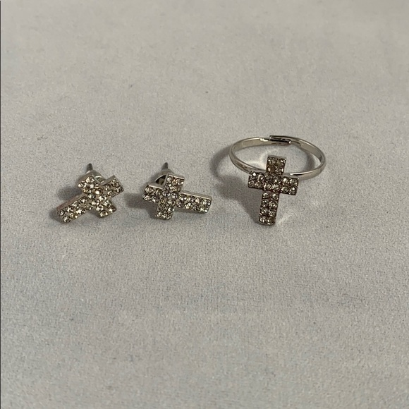 Jewelry - Adjustable cross ring and earrings